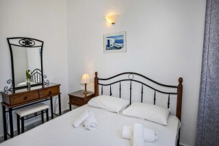 building a porto holidays apartments double bed