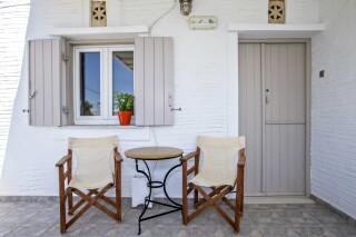 building a porto holidays apartments entrance