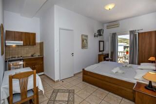 building b porto holidays apartments big bedroom