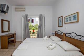 building b porto holidays apartments garden view rooms