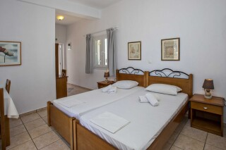 building b porto holidays apartments twin beds